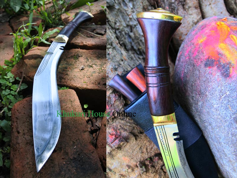 blade and handle of Typical sirupate kukri