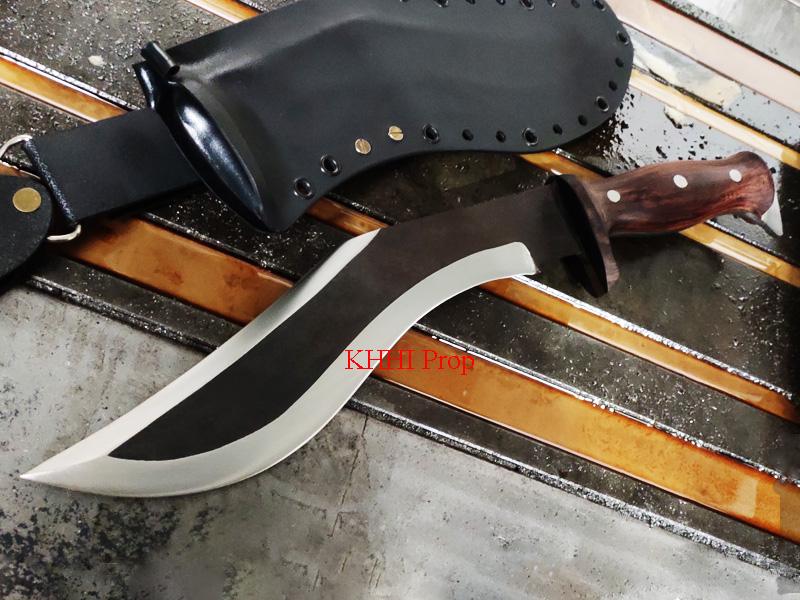 double edge chukuri with kydex sheath