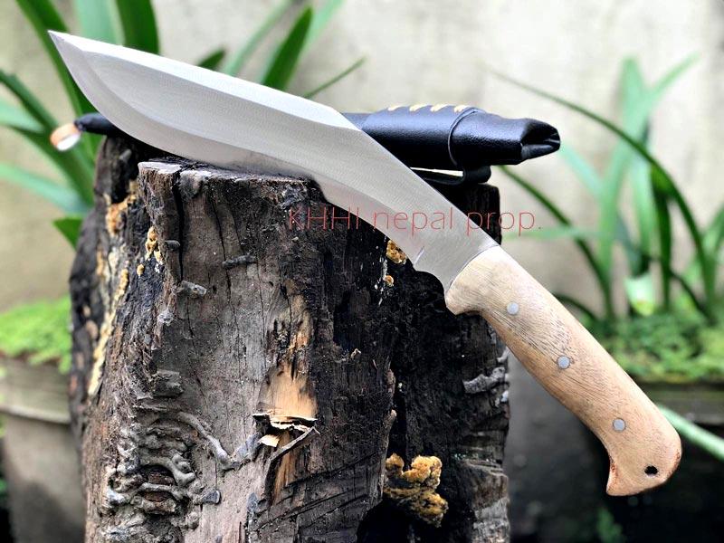 blade and handle full view of the Desert Kukri