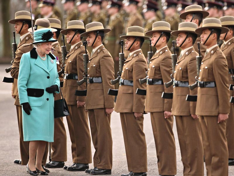 a perfect occasion for BSI Ceremonial kukris; the Queen visit the Gurkhas
