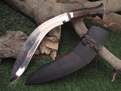 17th Century Original Crescent Khukuri (Salyani)